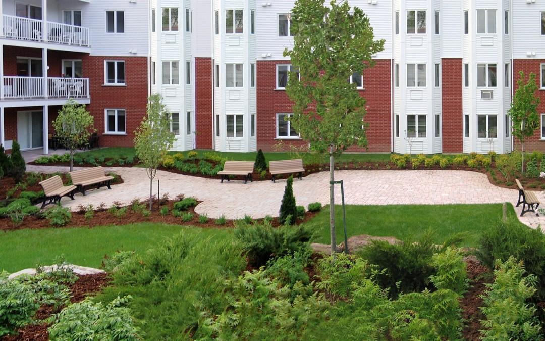 1 Panoramique condo + terrasse + Baies vitrées copy