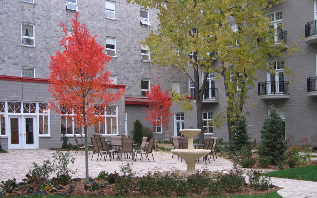 3 Monastère Aylmer vue fontaine automne copy